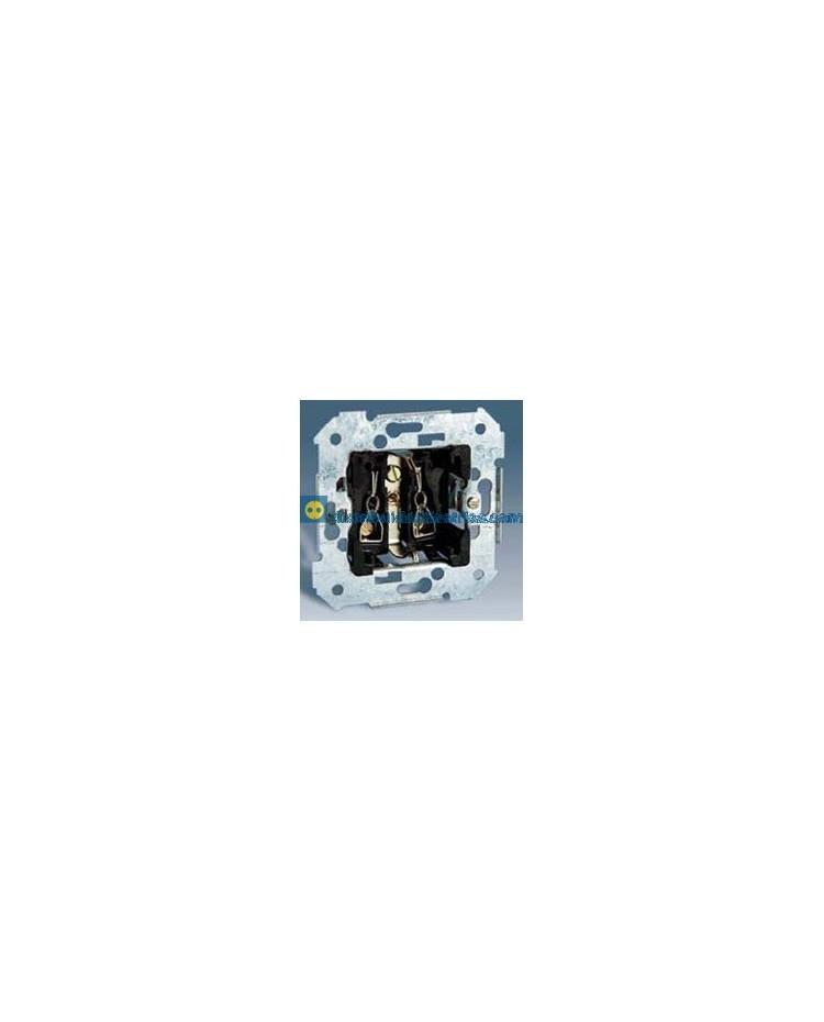 26432-39 Enchufe bipolar con T.T. lateral Schuko con embornamiento rápido Blanco 16 A 250V