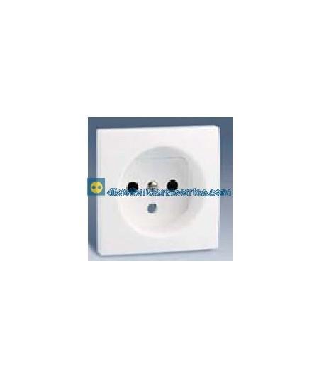 28068-30 Tapa enchufe 2P + T.T. frances + seguridad Blanco 16 A 250V