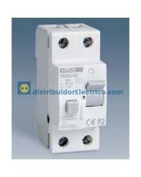 78240-62 - Interruptor diferencial clase AC 30 mA, domestico, tecla gris, 230V. 40A.