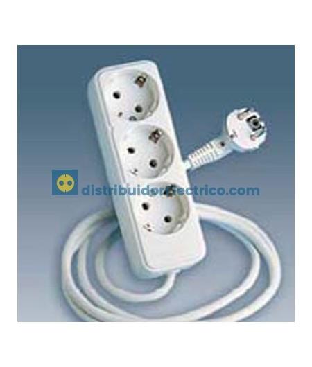 10413-31 - Bases enchufe multiple Bipolar, de superficie 16A 250V, 3x2P+TT lateral.con cable de 1,5 m. de longitud.